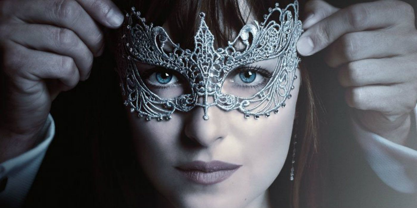 fifty shades Get more passion, more drama and more suspense when you own the final chapter of the worldwide phenomenon, fifty shades freed unrated edition.