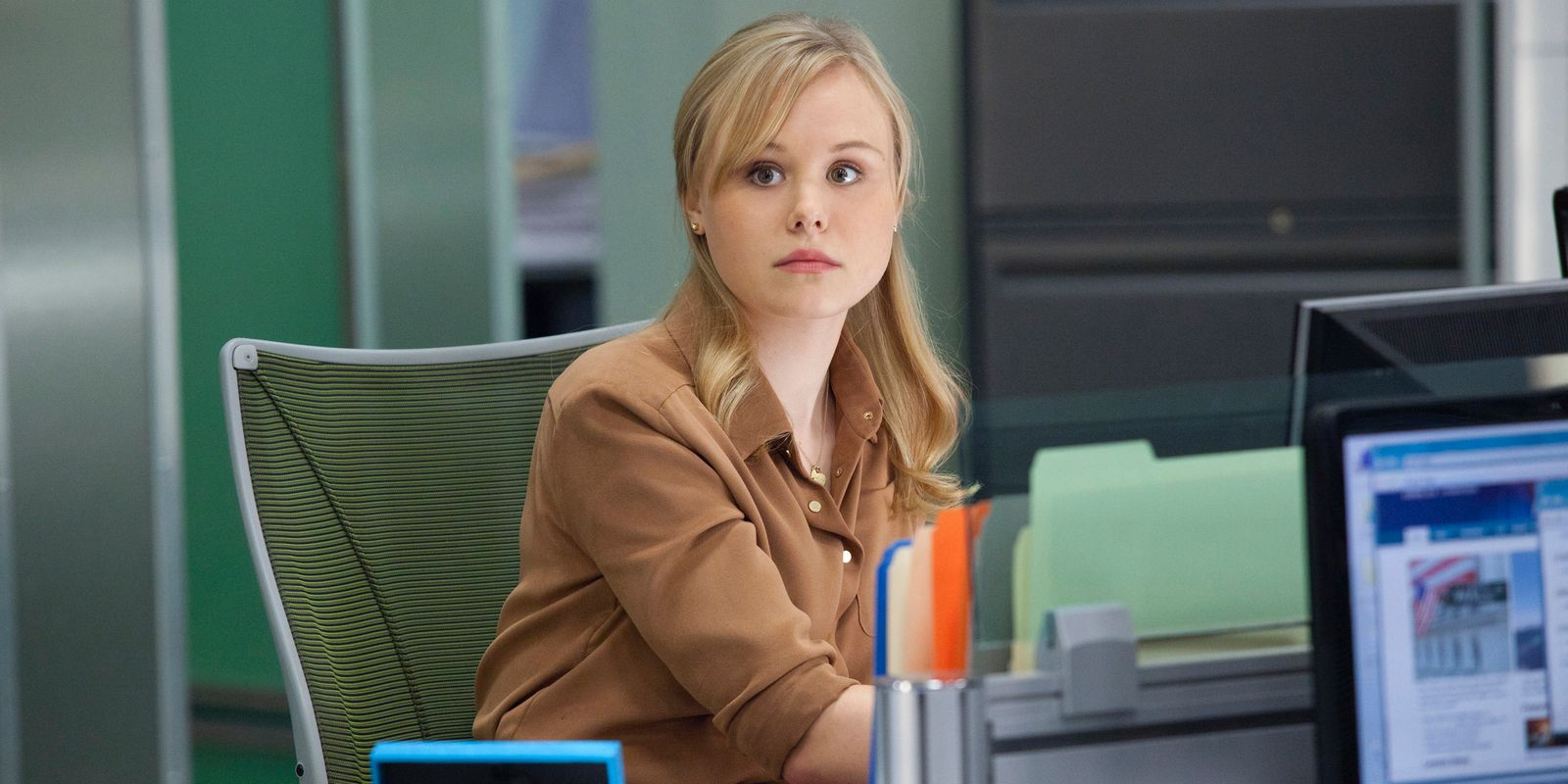 Alison Pill Fotos ryan murphy's ahs season 7 adds alison pill | screen rant