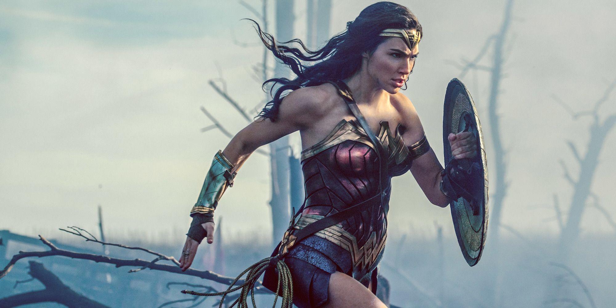 Wonder Woman: No Man's Land Scene Almost Cut | Screen Rant