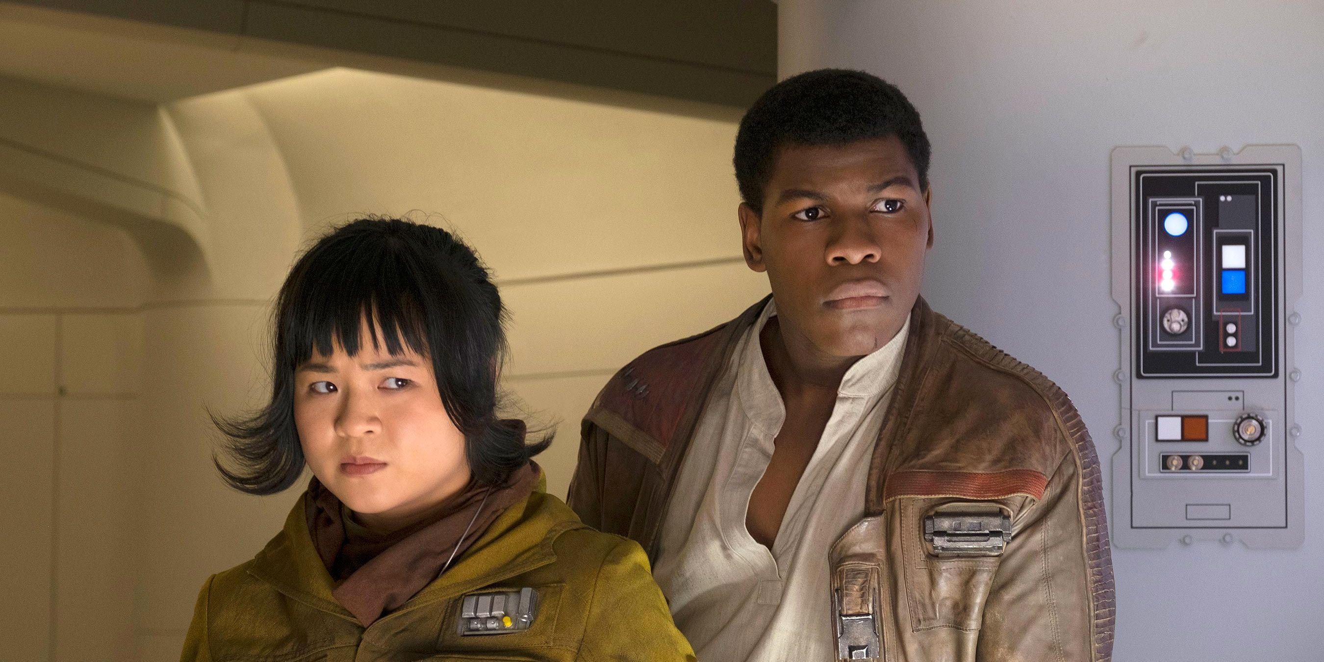 John Boyega Asks Star Wars Trolls To Stop Harassing The Actors