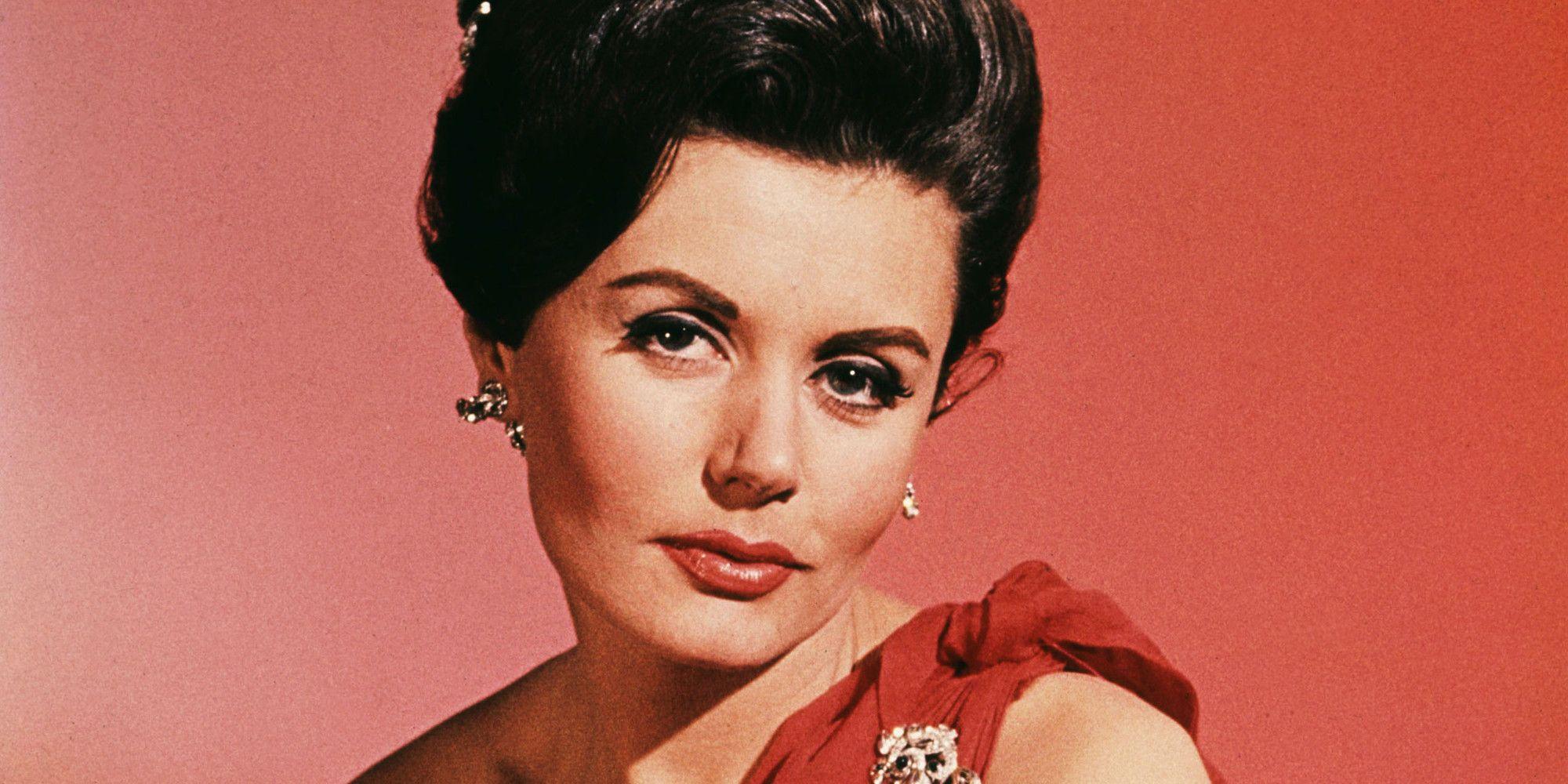 Original Bond Girl Eunice Gayson Dies at 90