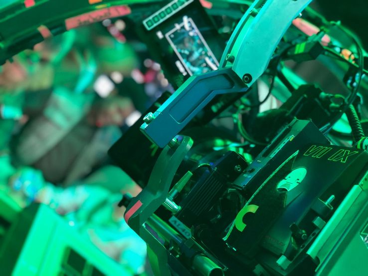 J J  Abrams Confirms Star Wars 9 Has Begun Filming With Photo