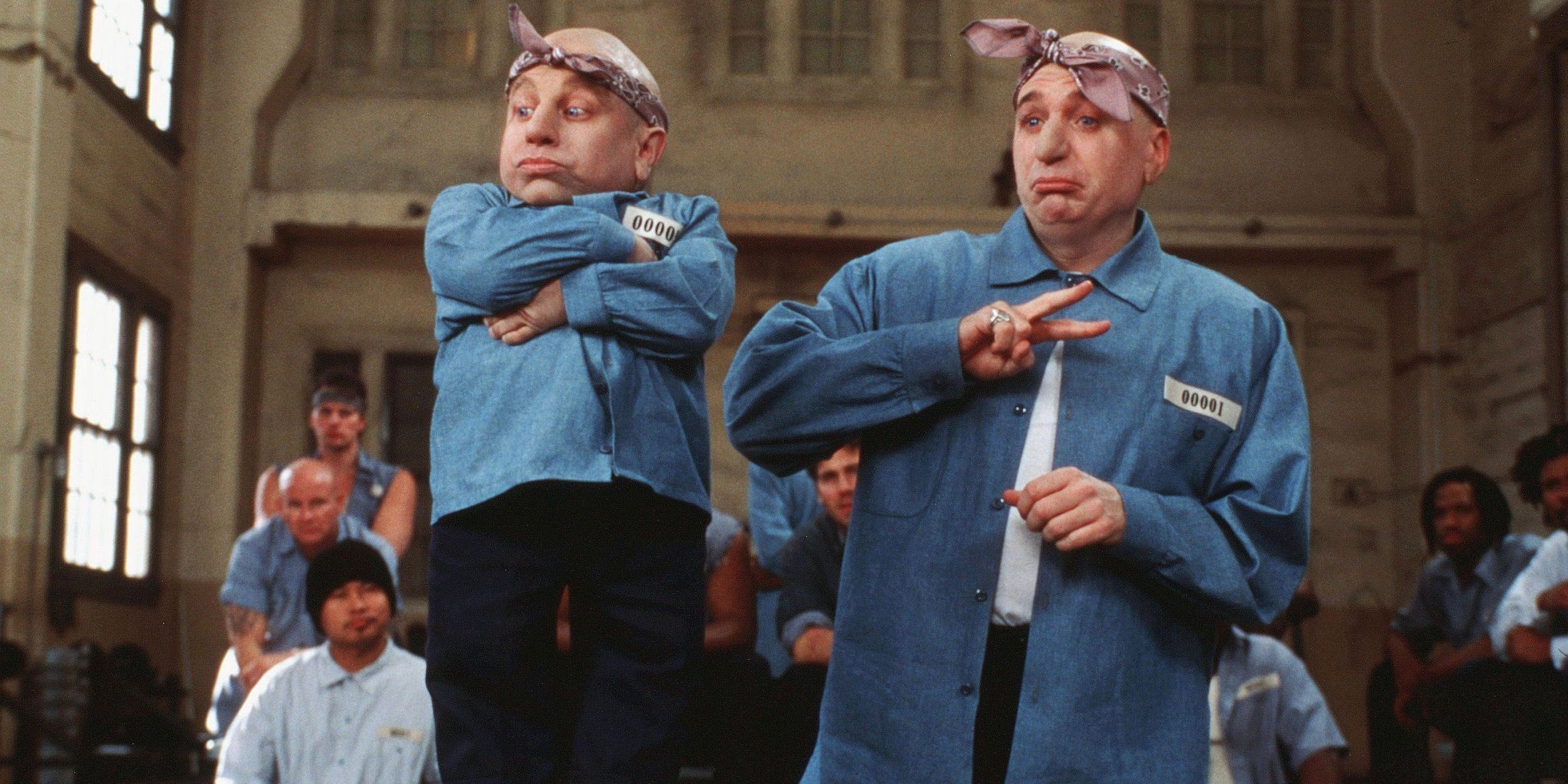 https://static1.srcdn.com/wordpress/wp-content/uploads/2018/10/Verne-Troyer-and-Mike-Myers-in-Austin-Powers-in-Goldmember.jpg