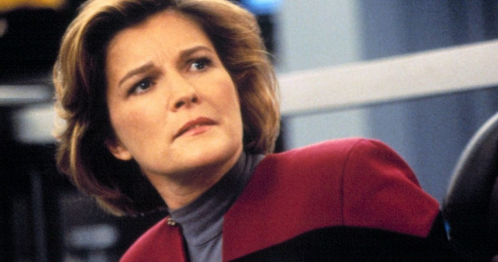 Star Trek Voyager: 5 Times Janeway Was the Best Captain (And 5 Times She Was the Worst)