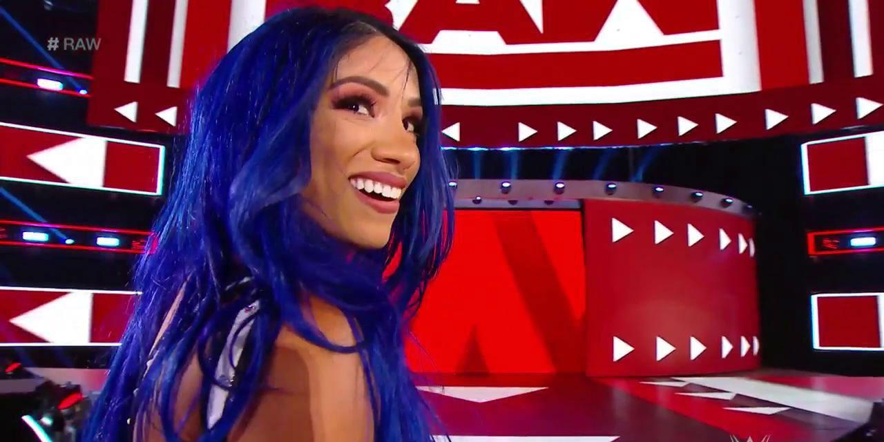 WWE Raw: Sasha Banks Returns, Turns Heel & Wreaks Havoc