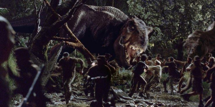 The-Lost-World-Jurassic-Park-Rex-attacks-Camp-e1564863340662.jpg?q=50&fit=crop&w=740&h=370