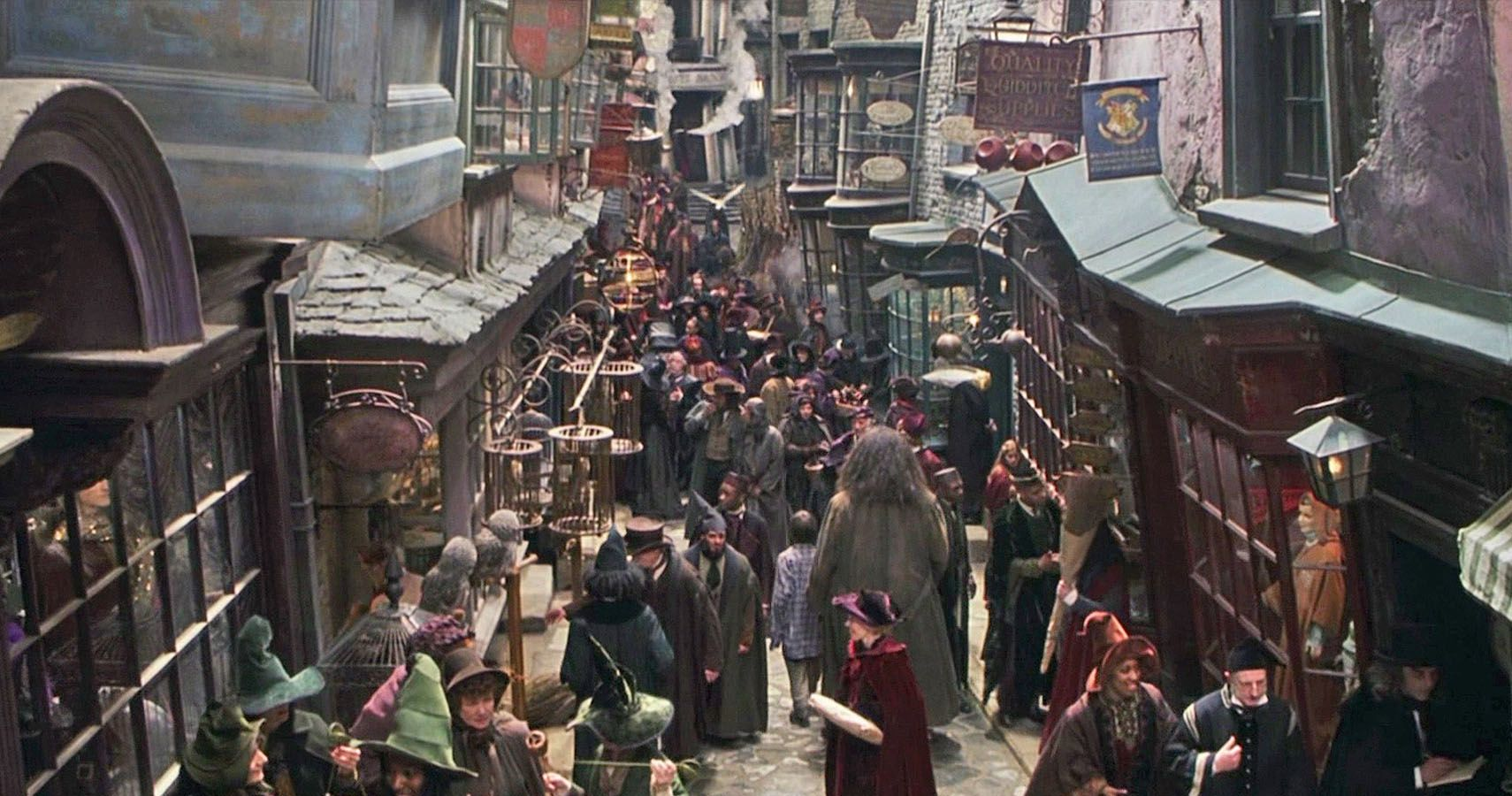 Harry Potter: Every Shop In Diagon Alley, Ranked | ScreenRant