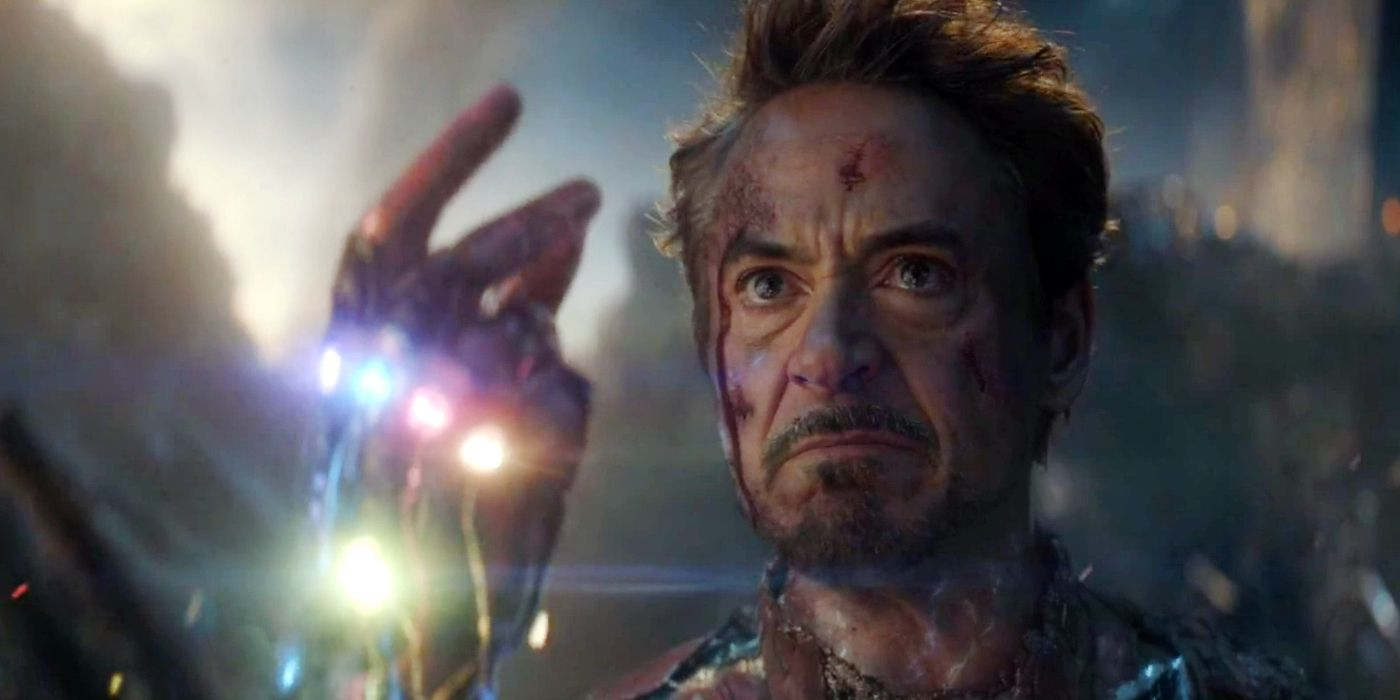 Avengers: Endgame Crowd Shocked By Tony Stark's I Am Iron Man Scene