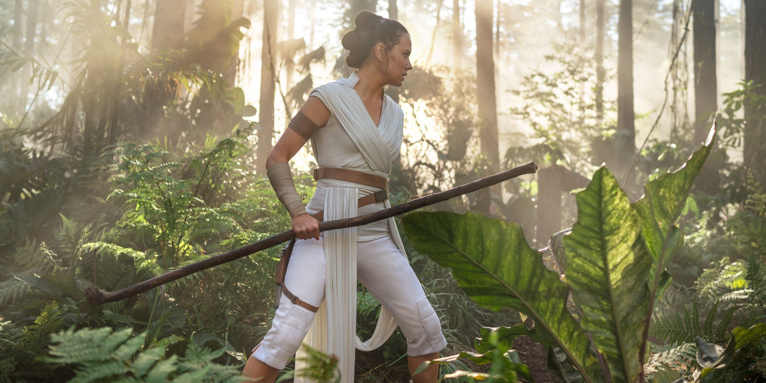 Daisy Ridley Interview - Star Wars The Rise Of Skywalker-9083