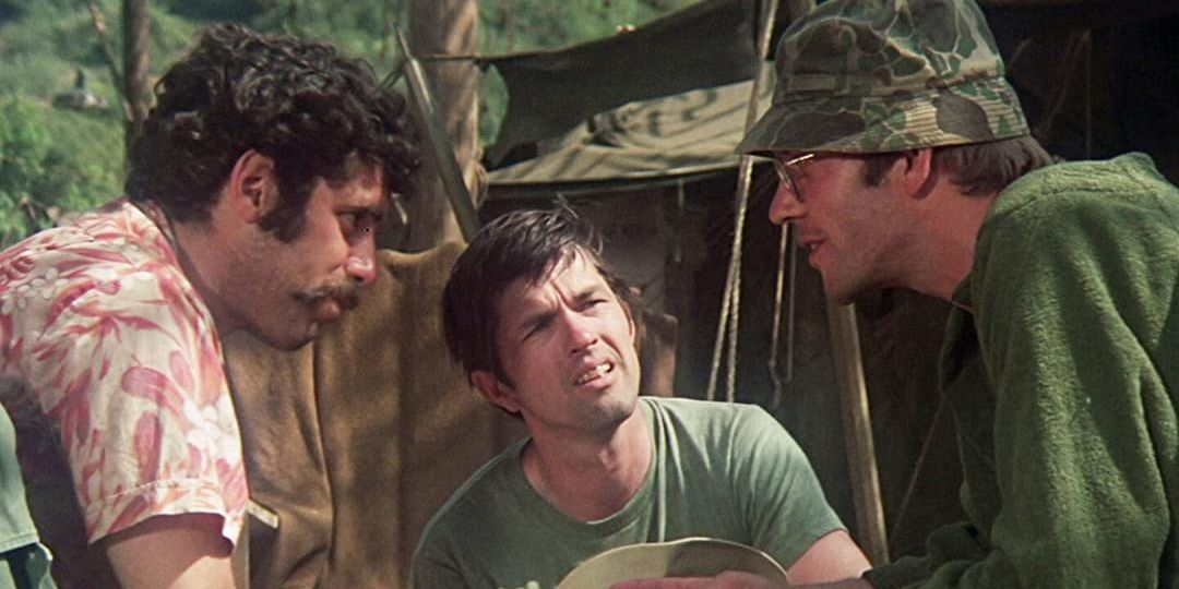 M*A*S*H & 9 Other Classic Comedies About War | ScreenRant