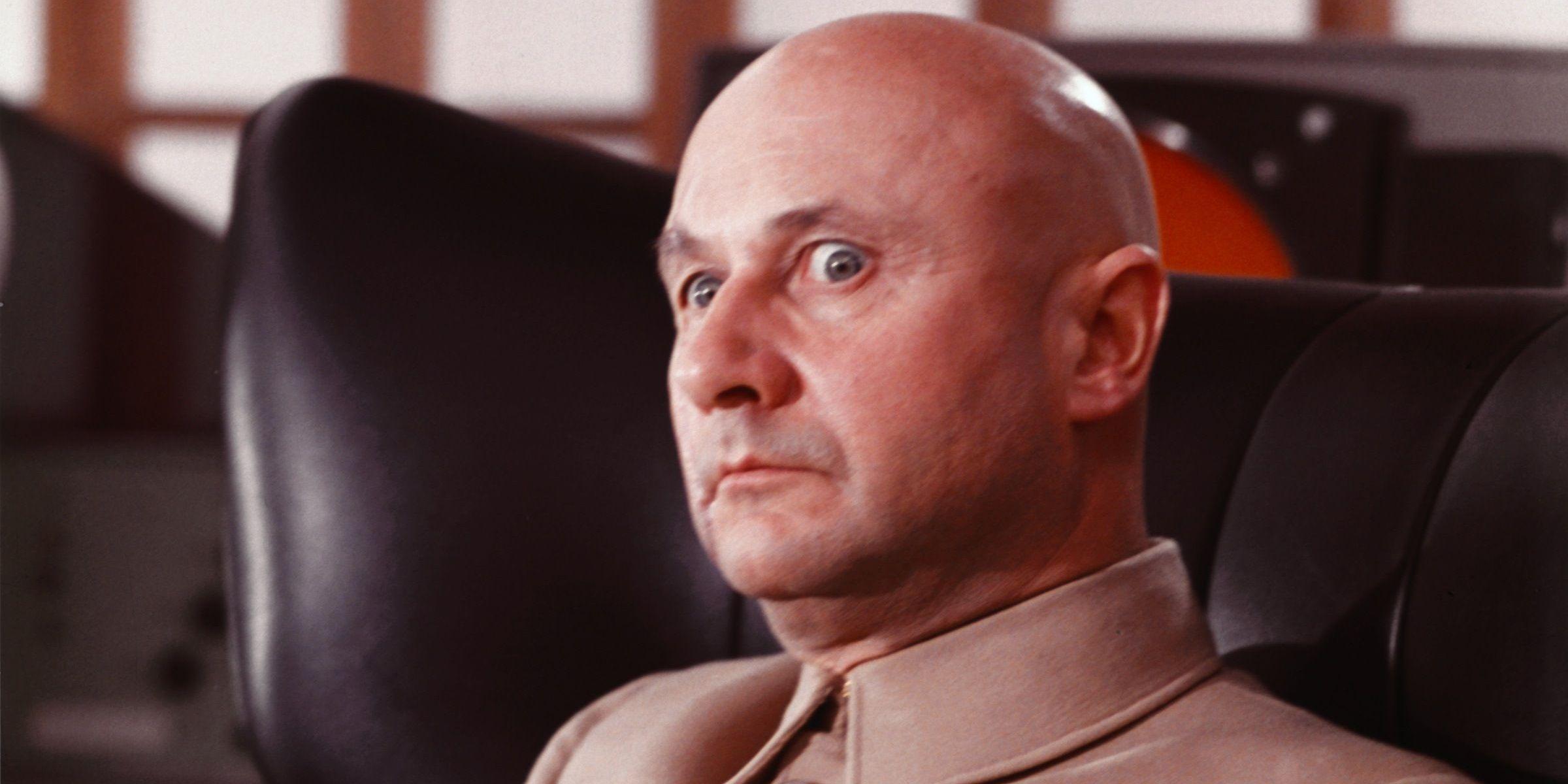 Why Blofeld Is James Bond's Best Villain (& 5 Alternatives)