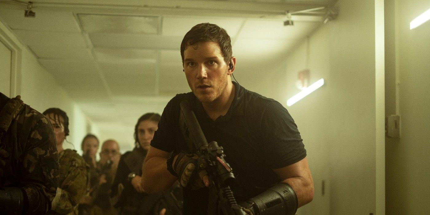 The Tomorrow War Photo Reveals Chris Pratt Ready To Battle Alien Invaders