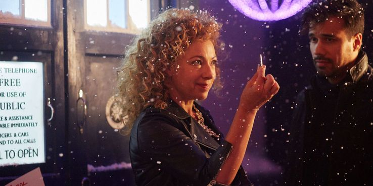 Doctor Who Christmas Special 2015.The Doctor Who Christmas Special Loses Its Head But Not Its